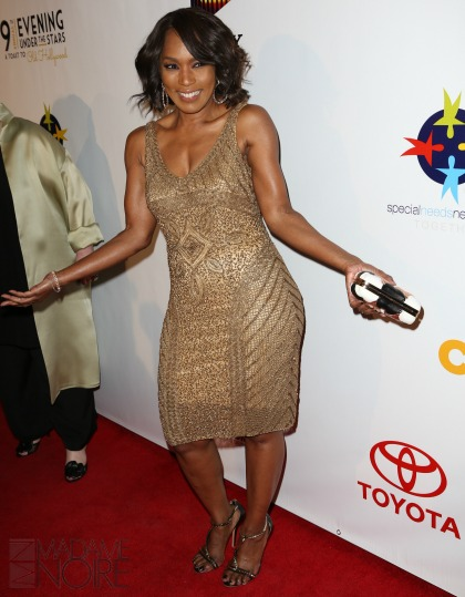 This is what 58 years looks like: Angela Bassett (photos ...